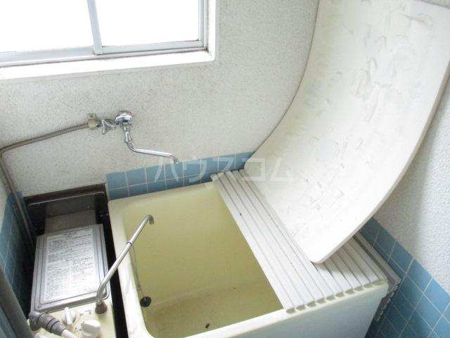 コーポみどり 201号室の風呂