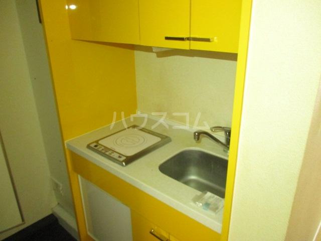 コンド千葉WEST 204号室のキッチン