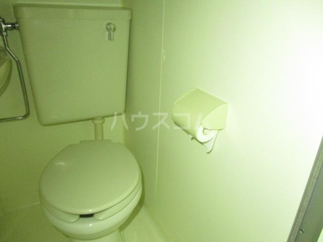 コンド千葉WEST 204号室のトイレ
