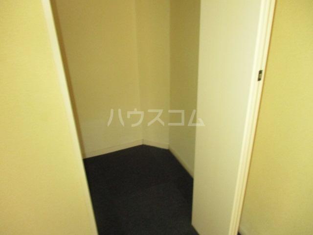 コンド千葉WEST 204号室の収納