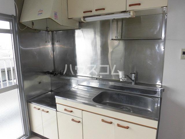 コーポ三立 3B号室のキッチン