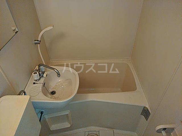 フラグランス 202号室の風呂