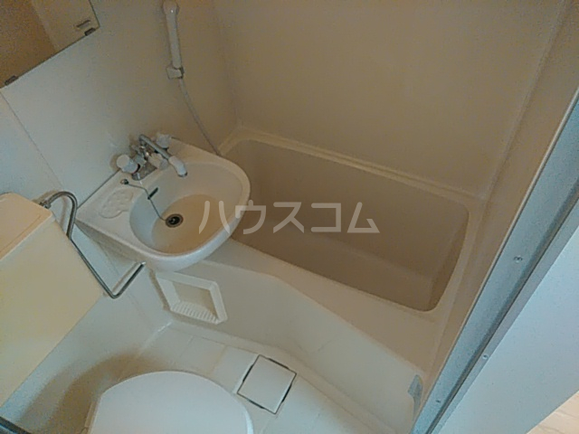 フラグランス 101号室の風呂