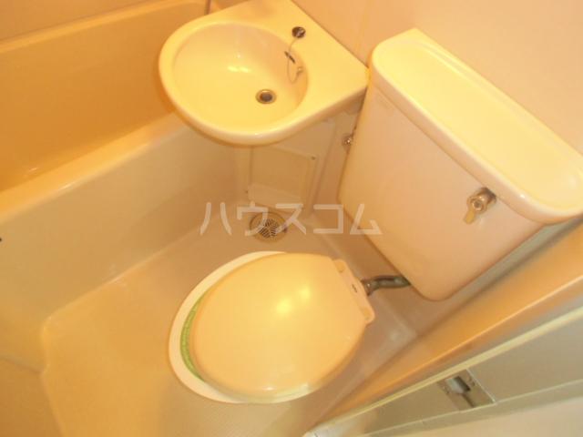 コーポリンデンⅡ 2G号室のトイレ