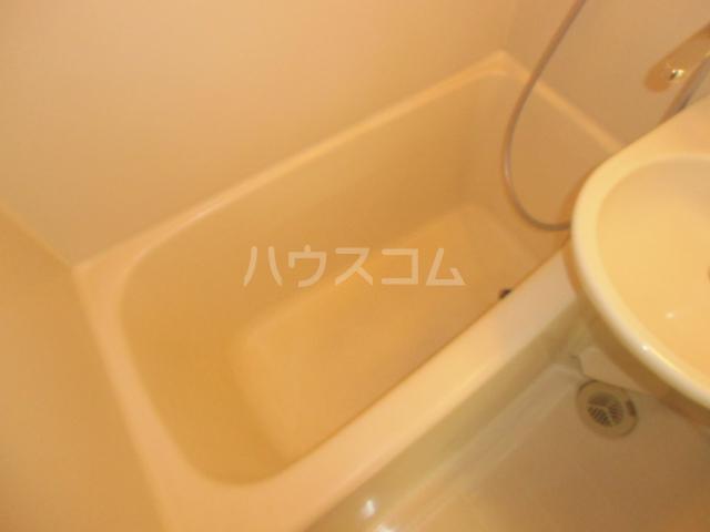 コーポリンデンⅡ 2G号室の風呂