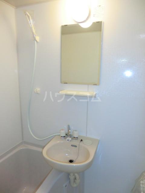 アムール 302号室のトイレ
