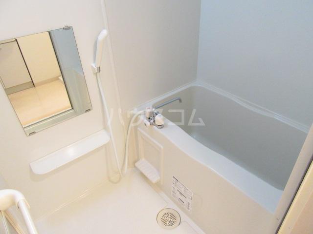 ヴァンベール46 103号室の風呂