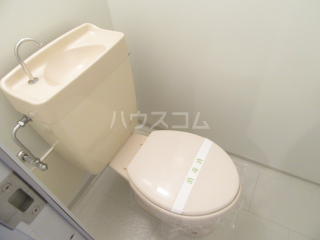 ヴァンベール46 103号室のトイレ