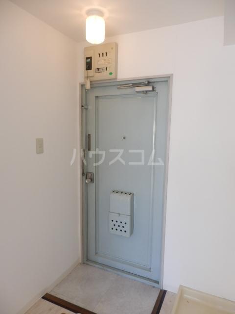 レジデンス天白 2D号室の玄関