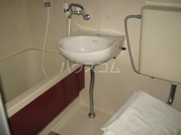 レジデンス天白 2D号室のトイレ
