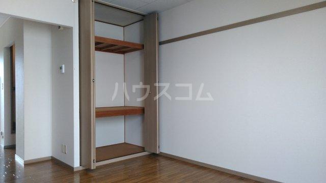 Riverside Satou 202号室のリビング