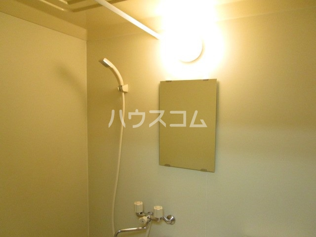 アパルトーノイン 103号室の風呂