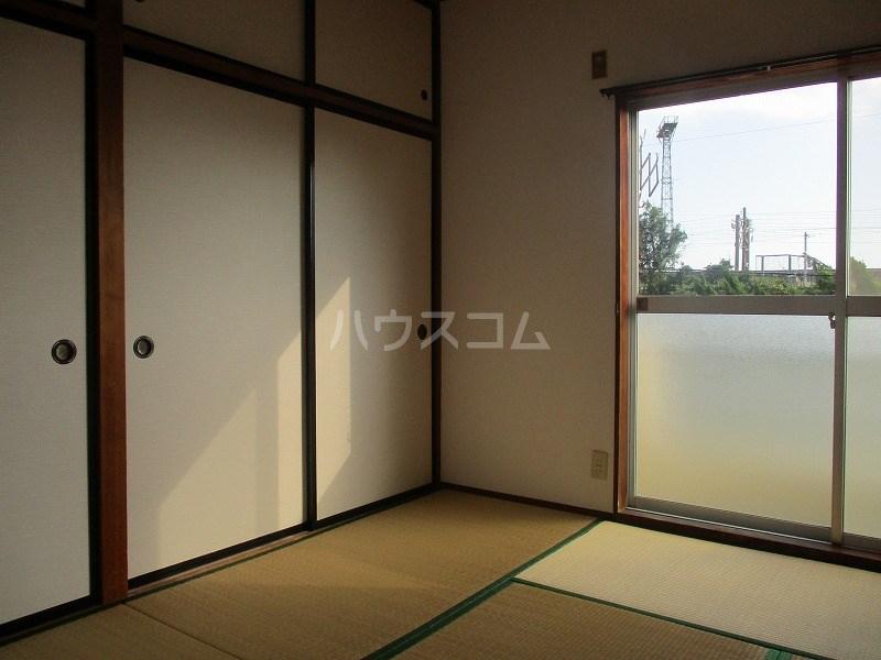サンテラス藤田 202号室のベッドルーム