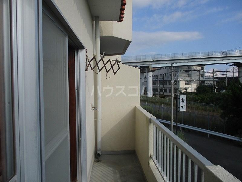 サンテラス藤田 202号室のバルコニー