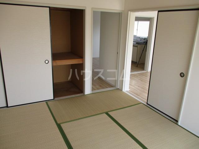 コーポプチ 201号室の居室