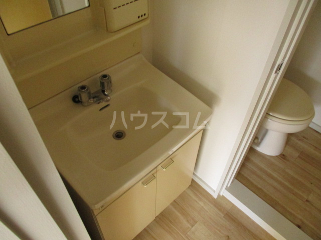 コーポプチ 201号室の洗面所