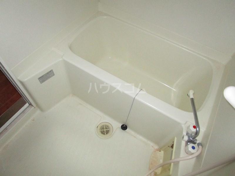 アルコ11 302号室の風呂