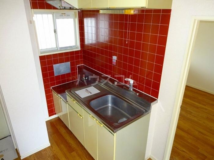 プリオール A 201号室のキッチン