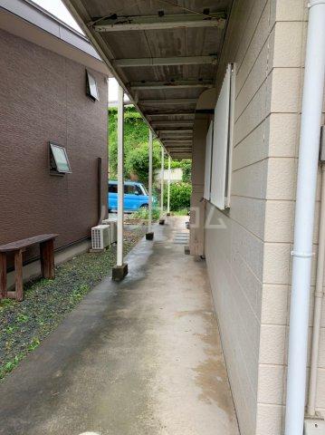 アビタシオンひろさわ 101号室の庭