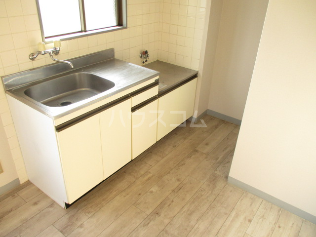 アサヒハイム 301号室のキッチン