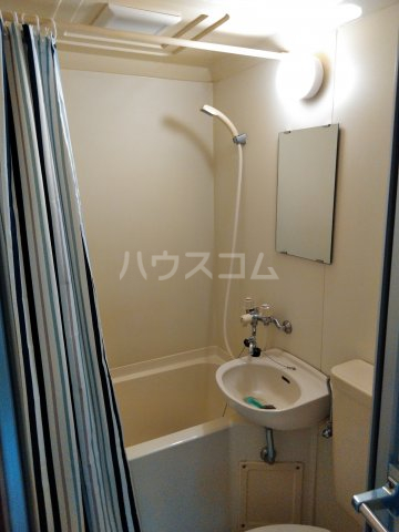 ジュネスコート Ⅱ 205号室の風呂
