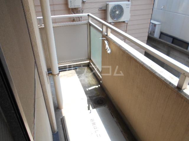 道場北マンション 201号室のバルコニー