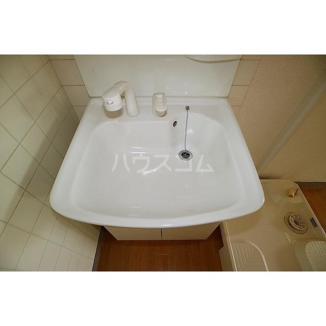 平和ハイツB 405号室の洗面所