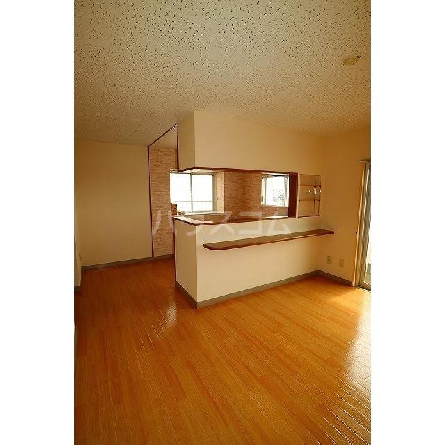平和ハイツB 405号室の居室