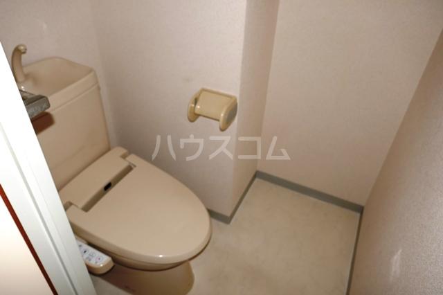 フローラ立野 201号室のトイレ