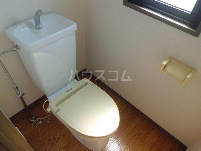ベレーザ香久山 401号室のトイレ