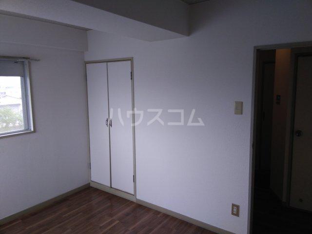 野並第一ビル 403号室の居室