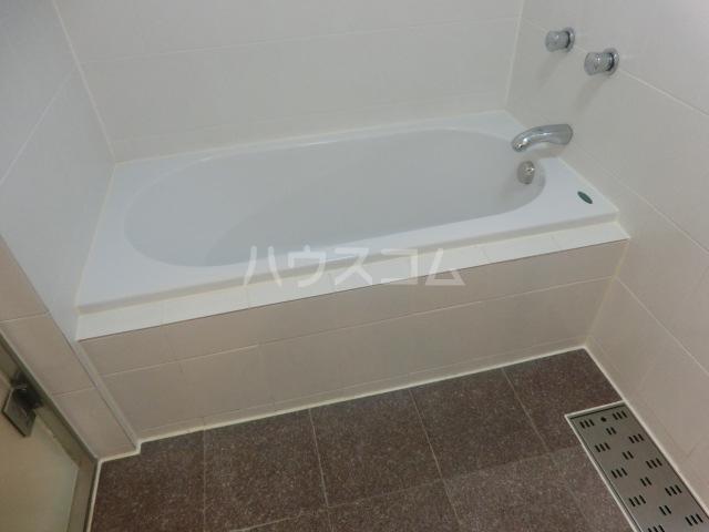 オスマンサスフラグランス 402号室の風呂