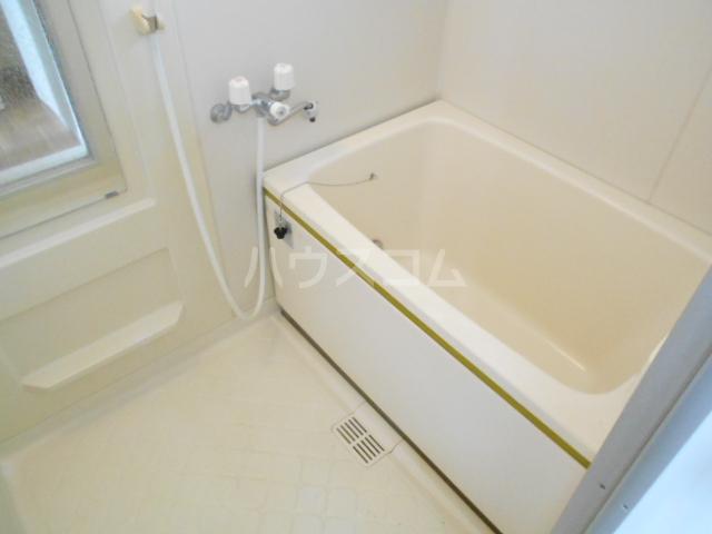 メゾンクレール 四番館 202号室の風呂