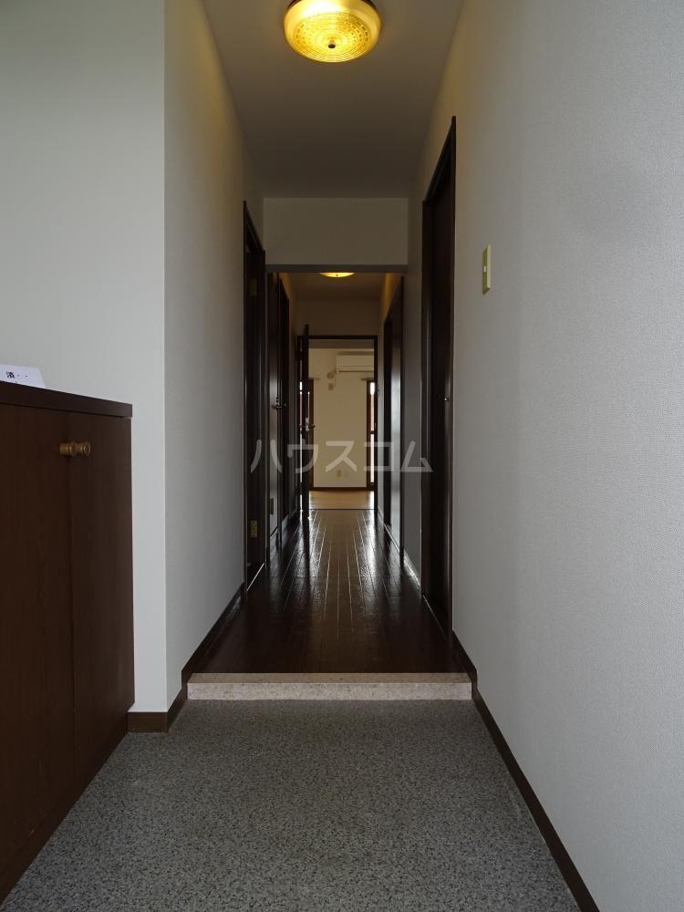 ラフォーレ東 402号室のバルコニー