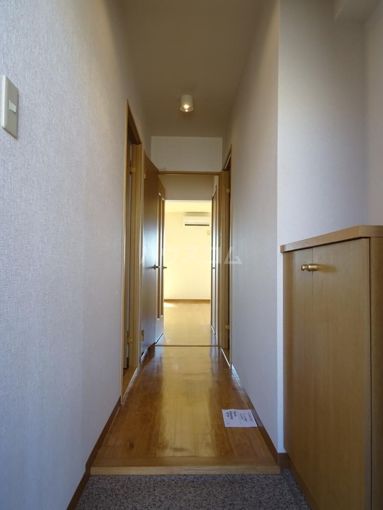 エスペランサAOI 406号室の玄関