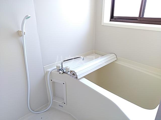 YONE 201号室の風呂