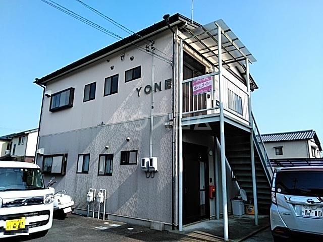 YONE 201号室の外観