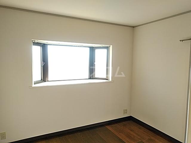 サンビレッジ宮野木 301号室の居室