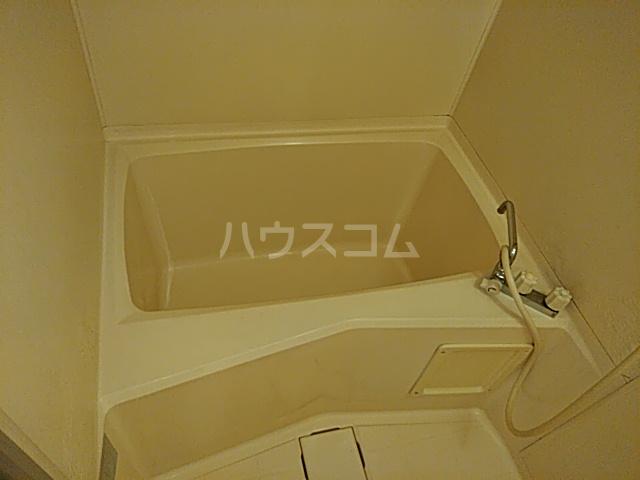 サンビレッジ宮野木 301号室の風呂