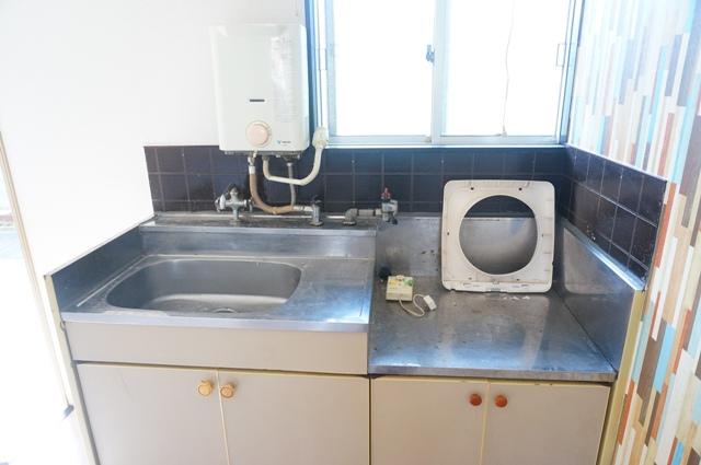 ファミールKITO 103号室のキッチン