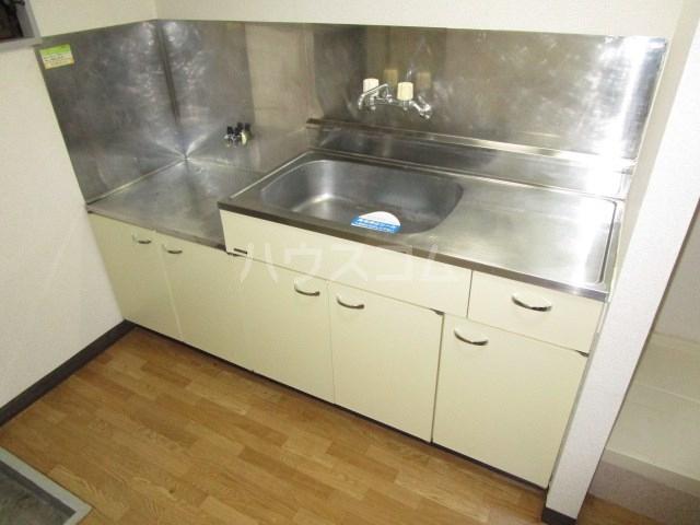 プランタンⅢ 108号室のキッチン