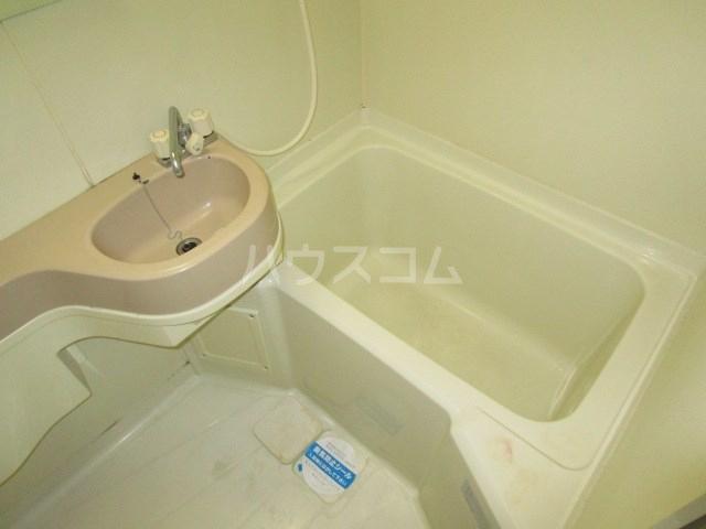プランタンⅢ 108号室の風呂