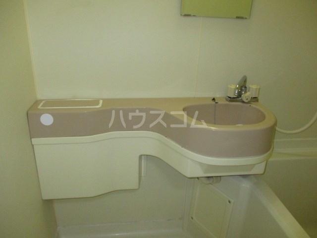 プランタンⅢ 108号室の玄関