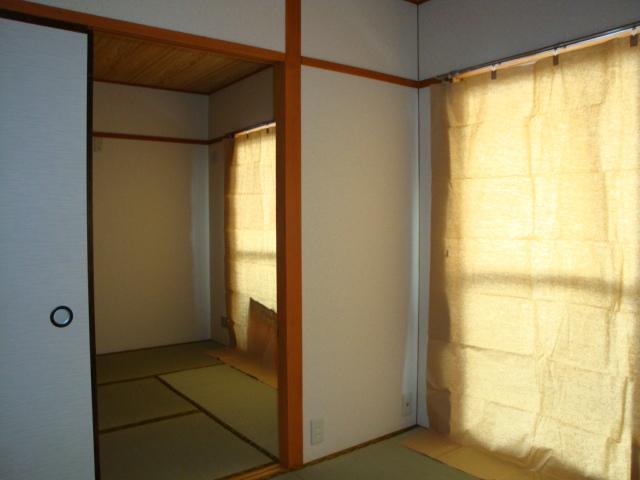 コーポ内山 201号室の収納