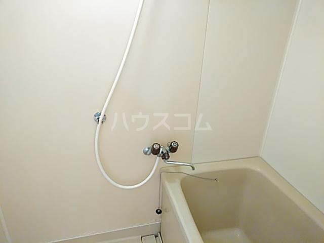 クオリティハイツ上島 301号室の風呂