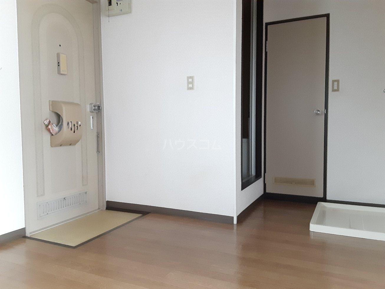 フォーブルサフラン A B203号室の風呂