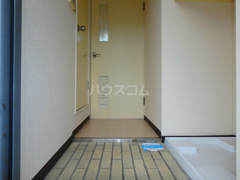 元目アーバンハイツ 201号室の玄関