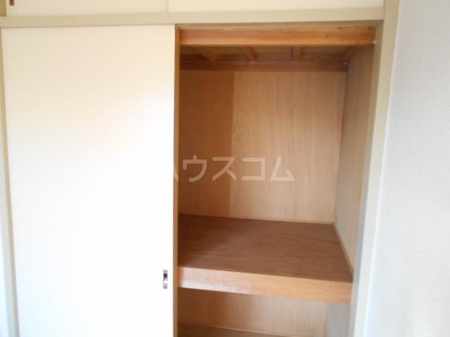 ハイツサンクリスタル 203号室の玄関