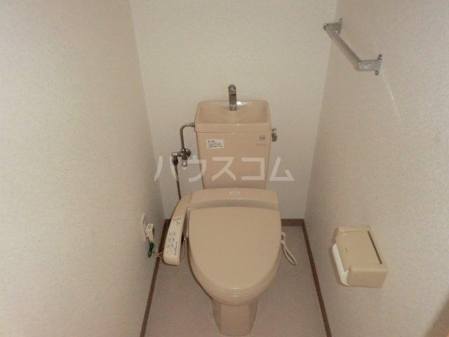 ベルドミール 102号室のトイレ
