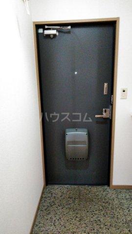 Riverside Satou 101号室の玄関